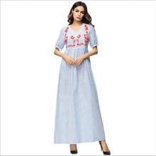 Alta cintura una línea maxi vestido largo vertical stripe chic floral  bordado verano Vestidos azul breve elegante urbano traje Q.. 7247985ec9ca