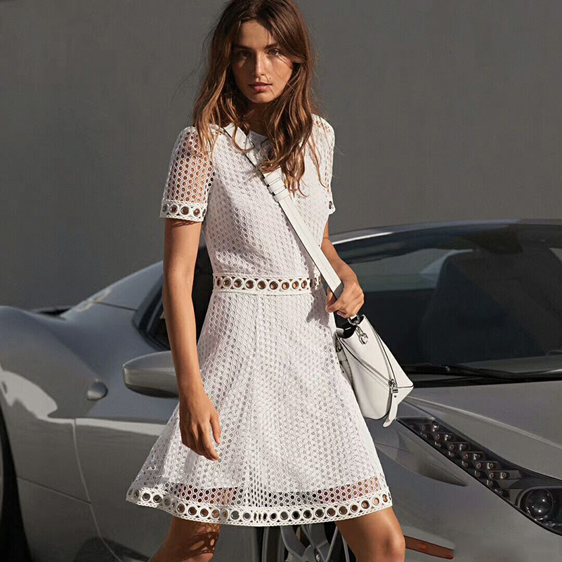 2018 Summer Designer White Lace Dress Women Short Sleeve Hollow Out Party Dresses mantra 0937