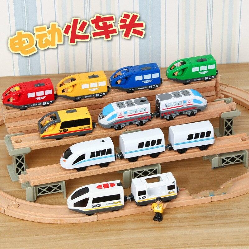 Los niños Tren Eléctrico juguetes ranura fundición ferrocarril eléctrico con dos carros de tren de juguete de madera FIT T homas de madera pista Bri-o