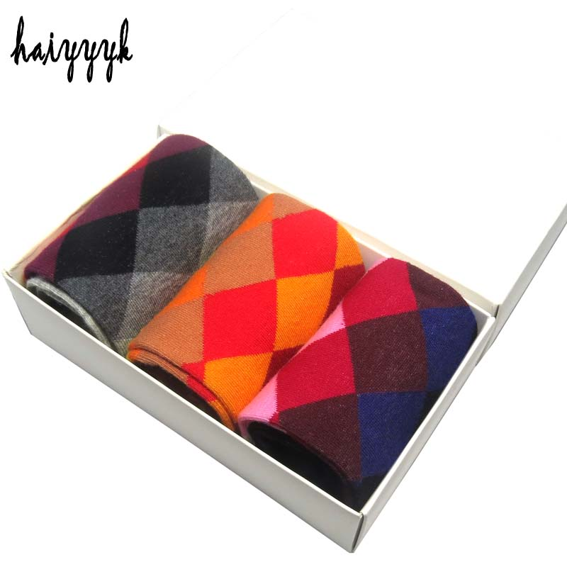 2017 New combed cotton brand mens socks argyle dress socks mens funny happy socks size US 6-10 3 Pairs / Lot No Box