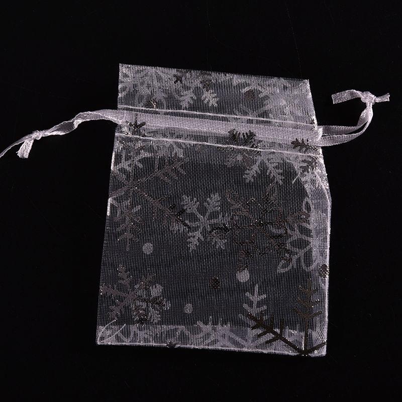 100 PCS 7*9cm Drawstring Bags White With Silver Snowflake Christmas Gift Pouches Organza Bags