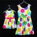 Verano marca Algodón polka dot A-line niñas cabritos del vestido de partido sin mangas faldas de la hija de la familia mirada niños sling vestidos