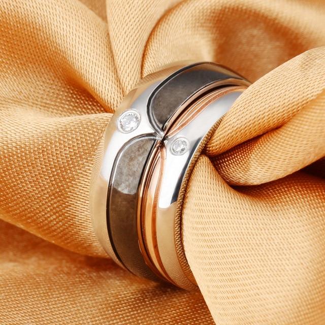 Купить модное кольцо из титановой стали с микроинкрустацией циркона
