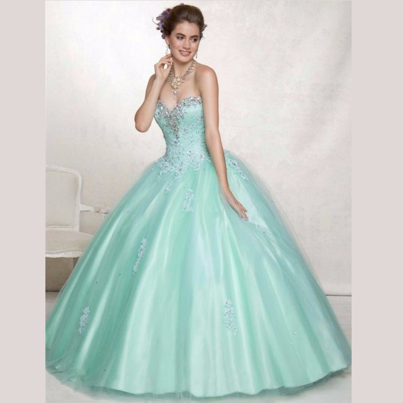 2015-Classical-Tulle-Ball-Gown-Quinceanera-Dresses-With-Exquisite-Beading-and-Crystals-Quinceanera-15-Years-Vestidos