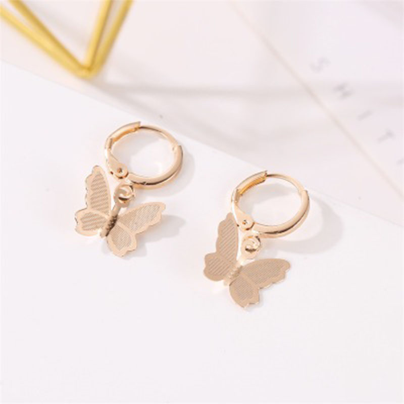 2019 Fashion Sweet Drop Earings for Women Cute Animal Butterfly Earrings Jewelry Accessories Party Gift boucle d 39 oreille WD323 in Drop Earrings from Jewelry amp Accessories