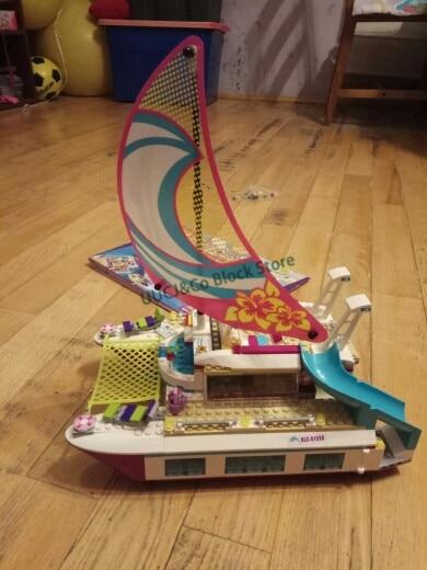 LEPIN 01038 651Pcs Friends series Sunny catamaran Building Blocks Bricks font b Toys b font For