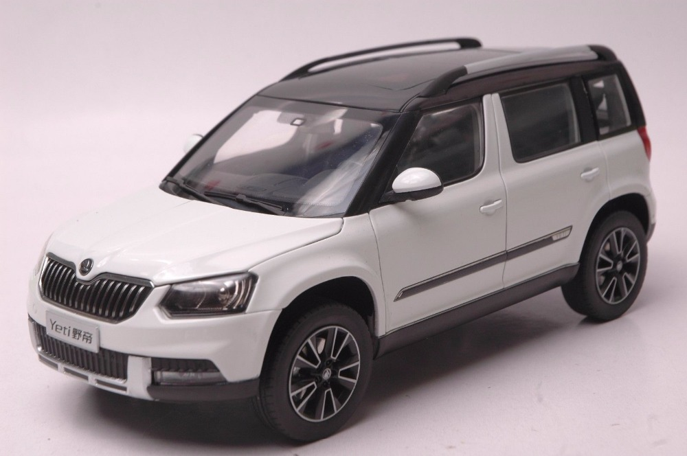 1:18 Diecast Model for Skoda Yeti White SUV Alloy Toy Car Miniature Collection Gifts 1 18 diecast model for isuzu mu x silver suv alloy toy car miniature collection gifts mux mu x