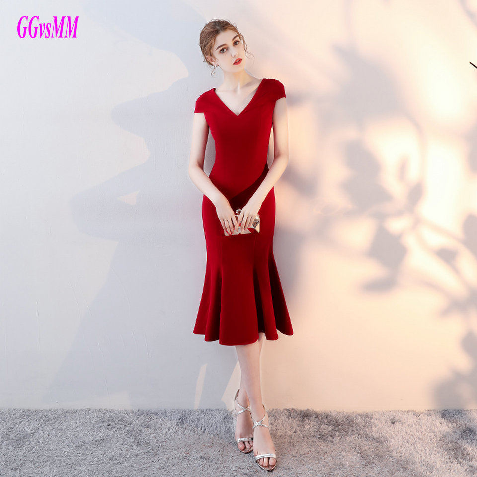 Sexy Mermaid Black Cocktail Dresses 2019 New Red Cocktail Short Dress Party V-Neck Elastic Satin Zipper Burgundy Cocktail Gowns