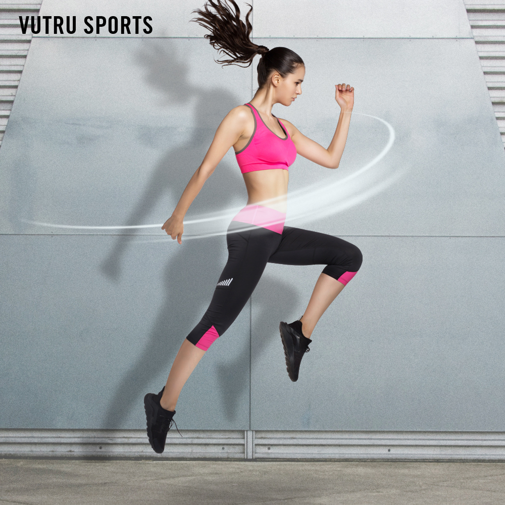 c1641a02669 ... Workout Gym Running Sportswear Running Clothes. 1 V7L7001 04  V7LC008 04. aeProduct.getSubject(). We also offer the mix size with sports  bra and crops