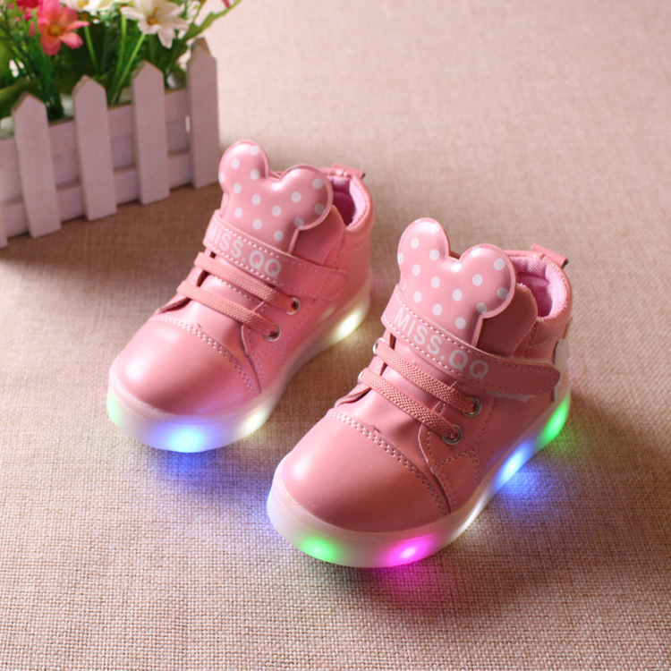 Children shoes with light 2017 new boys girls led luminous sneakers kids light up shoes mini cute boy glowing shoes ue 21-36