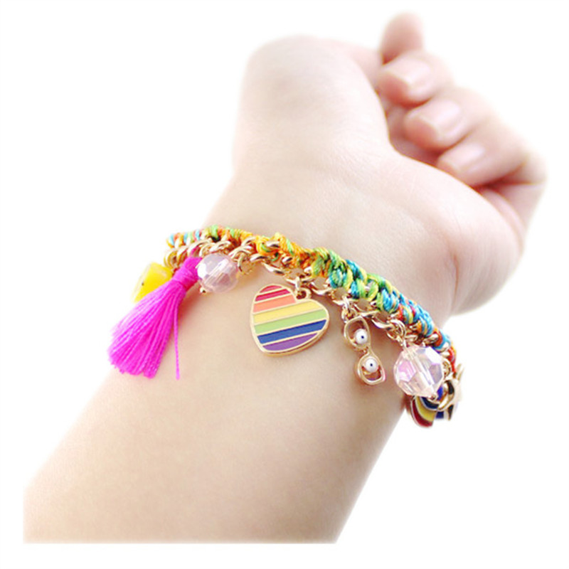 The new sell like hot cakes The European and American wind color woven rope rainbow pink fringed heart bracelet female stars