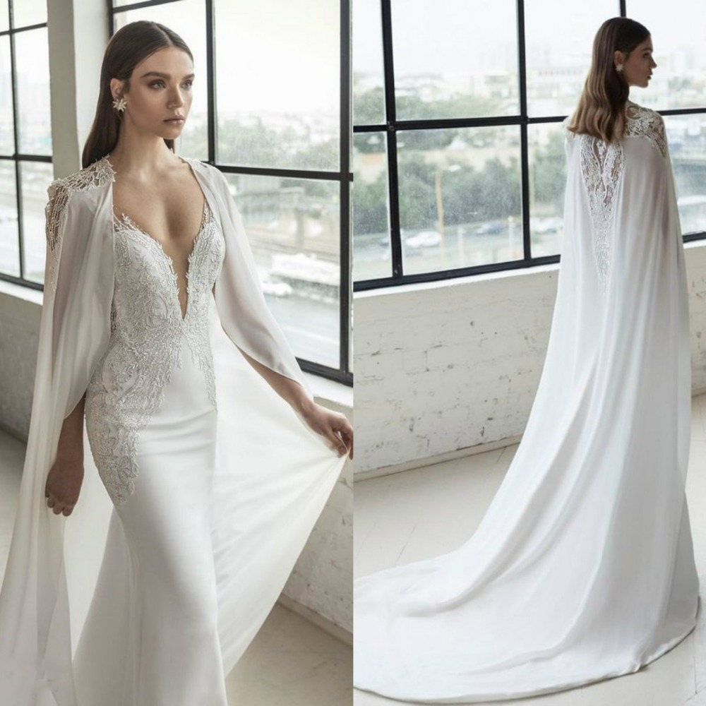 2019 New Bridal Wraps Custom Made Lace Applique Cathedral Chiffon Wedding Cape Shawls White And Ivory Bridal Jacket