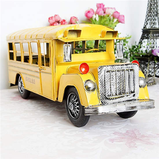Vintage metal yellow antique school bus decoration home furnishings home furnishings red and blue dual colors Christmas