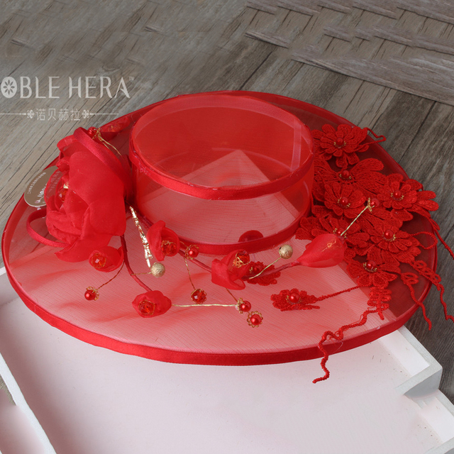 Bridal jewelry accessories wedding dress red yarn Hat flower hat female fashion pictorial photography