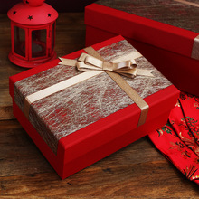 Fashionable gift box Customized Red luxury charm Carton Creativity Business Haute Couture Large