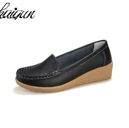 2017 Genuine Leather Women Flats Shoe Fashion Casual Slip On Soft Loafers Spring Autumn Moccasins Female Driving Shoes Wholesale spring high quality genuine leather dress shoes fashion men loafers slip on breathable driving shoes casual moccasins boat shoes