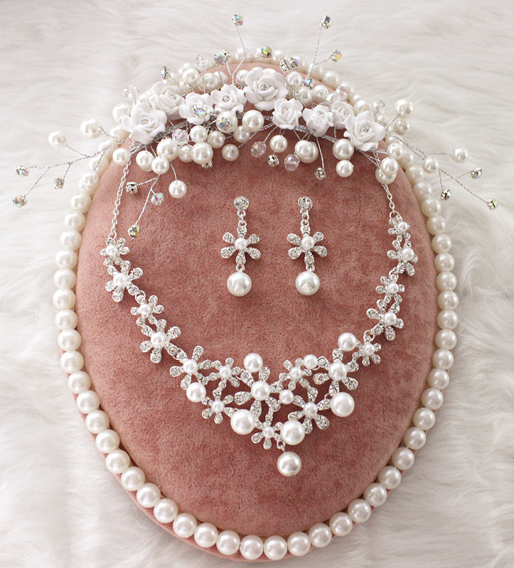 Bridal Jewelry Sets Clay Flowers Pearl Crystal Bridal Jewelry Sets Necklace Earrings Tiara Jewelry Sets For Brides Tiara Wholsale To Be Distributed All Over The World