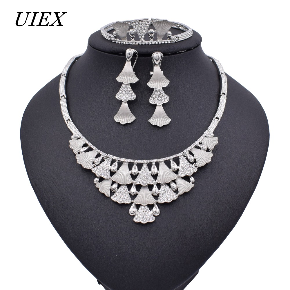 15//45pcs Fashion Antique silver lovely delicate maple leaf charm pendant