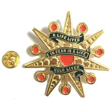 New design electroplated gold badge back butterfly buckle star shape