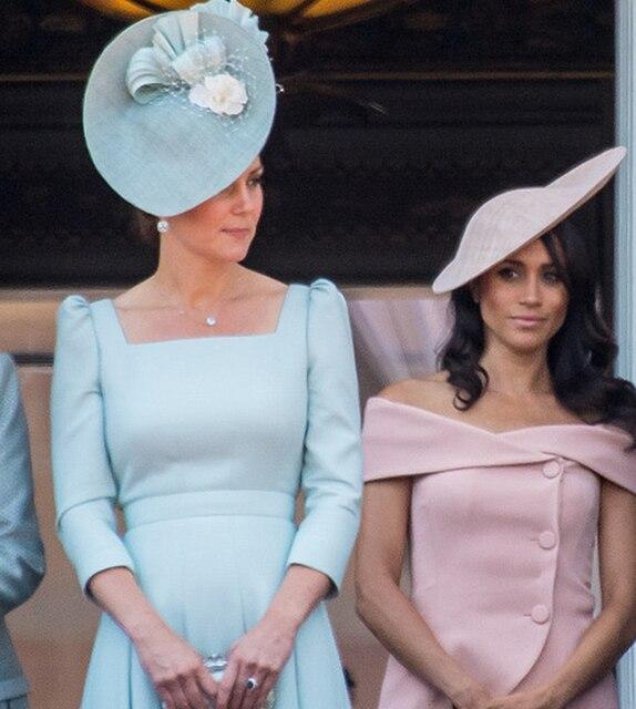 2018 Новый Кейт Миддлтон платье принцессы модные однотонные квадратный воротник плиссированные платья F6215