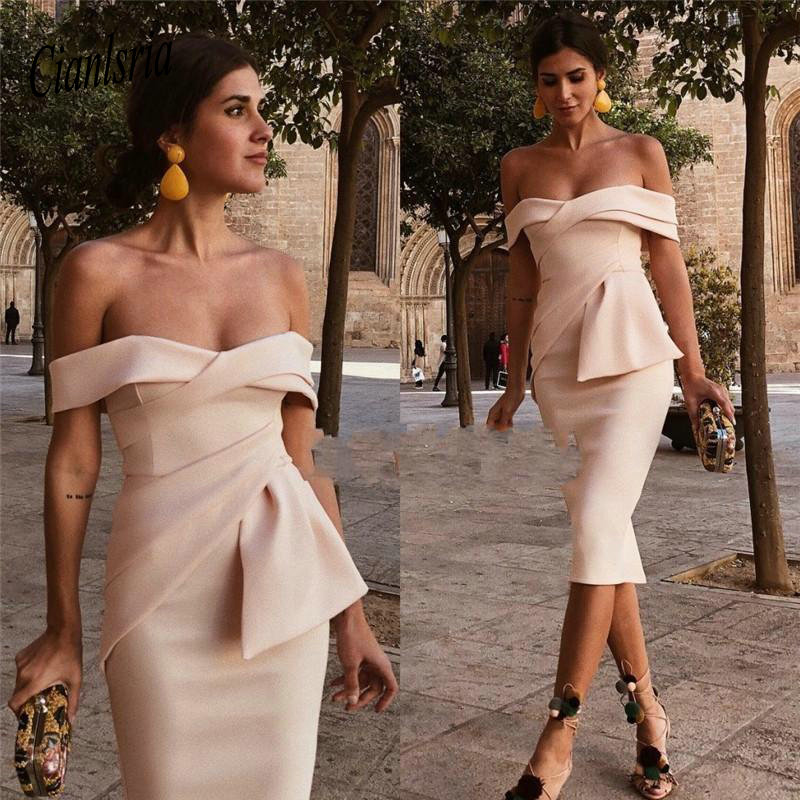 Champagne Short Mini Cocktail Dresses Off Shoulder Plus Size Knee Length Simple Arabic Formal Evening Party Homecoming Gown