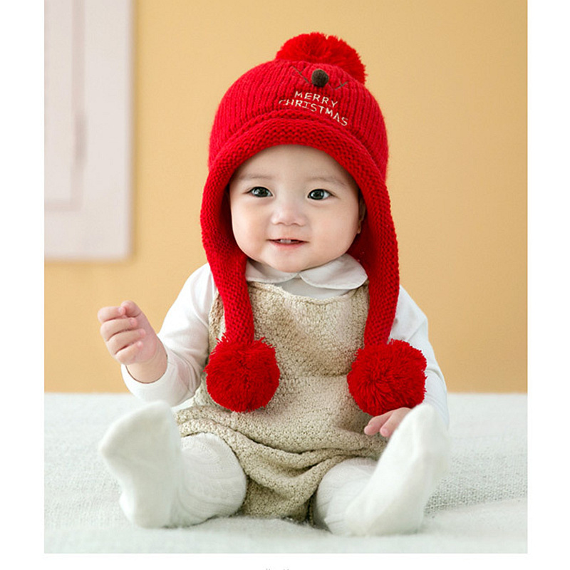 2017 winter section baby head cap baby baby wool ear protection hat children warm hat Christmas hat the new children s cubs hat qiu dong with cartoon animals knitting wool cap and pile