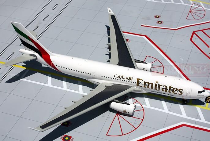 GeminiJets Emirates airline A6-EKR G2UAE371 1:200 A330-200 commercial jetliners plane model hobby hongkong agency pixel to buy aircraft commercial airline fleet planning commercial jetliners plane model hobby