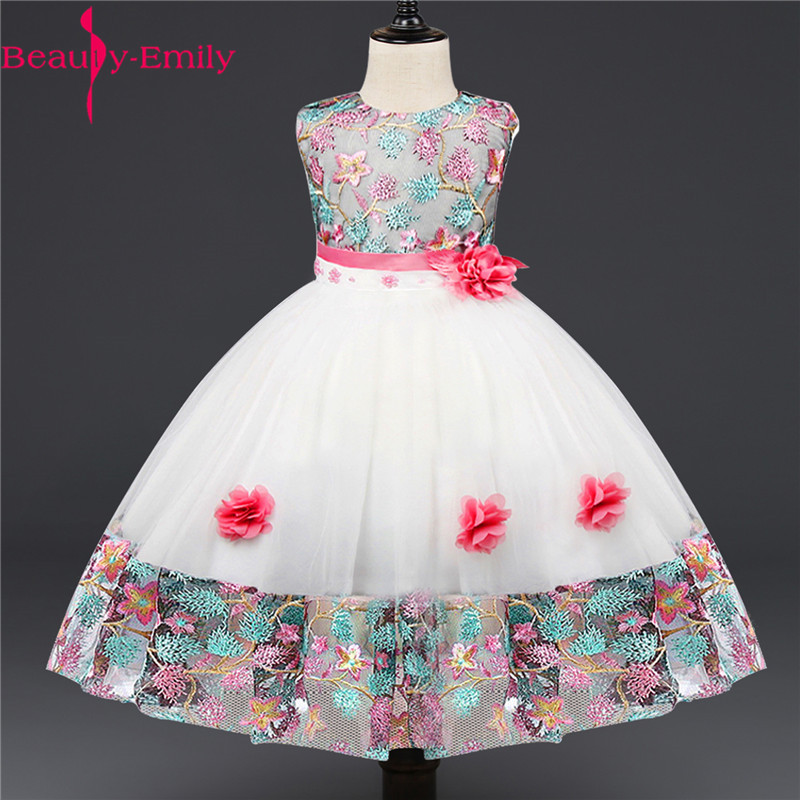Beauty Emily Sweet O Neck   Flower     Girl     Dresses   for Weddings Fashion Floral Print   Girls   Ball Gown with Sashes 3 Colors Available