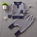 Moda de invierno Suéter de Los Niños trajes 2 unids INS muchachas de los muchachos de manga larga sólido tops y pantalones set del bebé que hace punto ropa