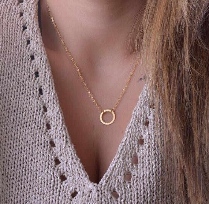 Cheap Price New Boho  Gold Color  Choker Necklaces for Women Sexy Circle Fashion Pendant Vintage Collier choker Necklace