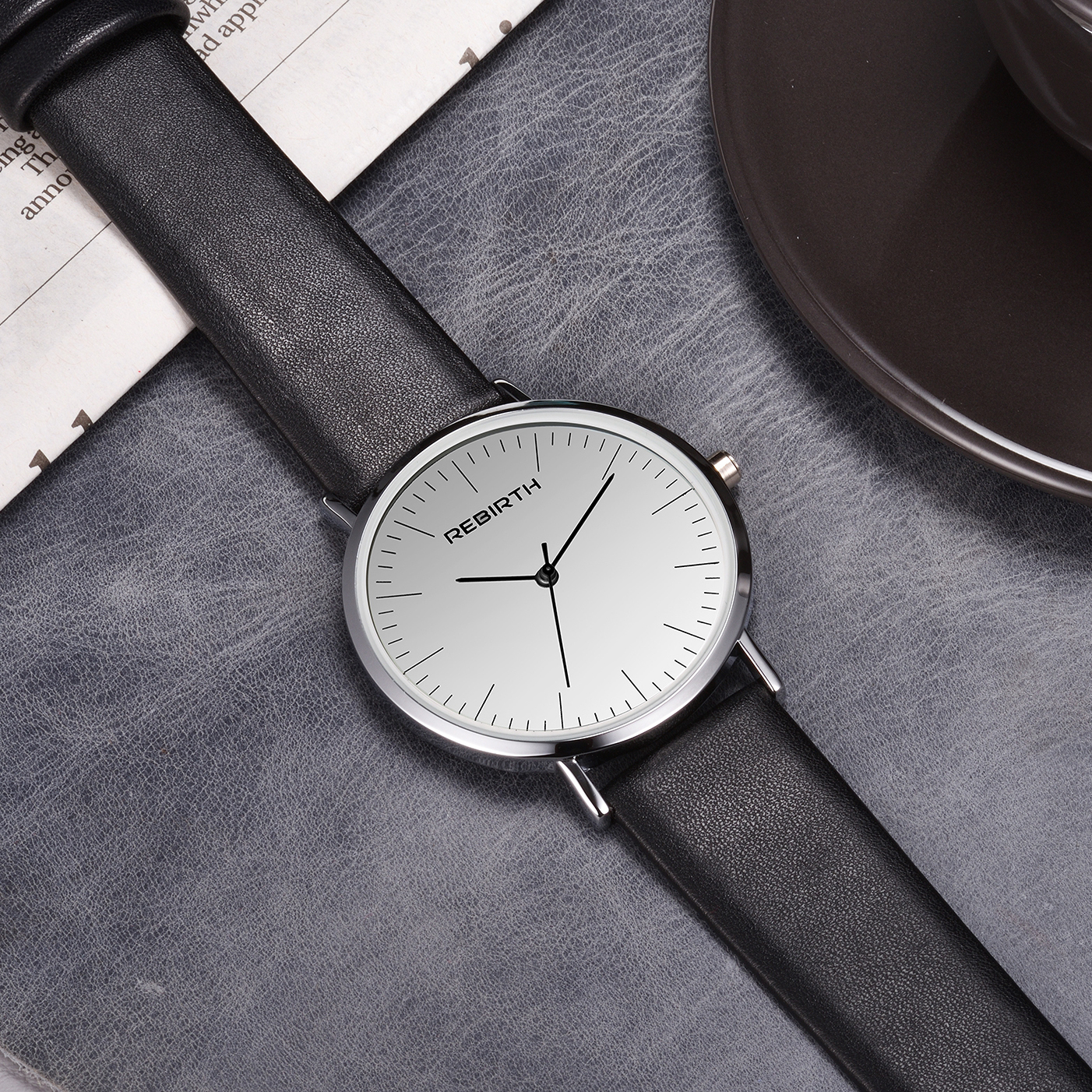 Hot Fashion Quality Vintage Classic Unisex Quartz Wristwatch Elegant Simple Leather Strap Watch Men Women Casual Style Watch