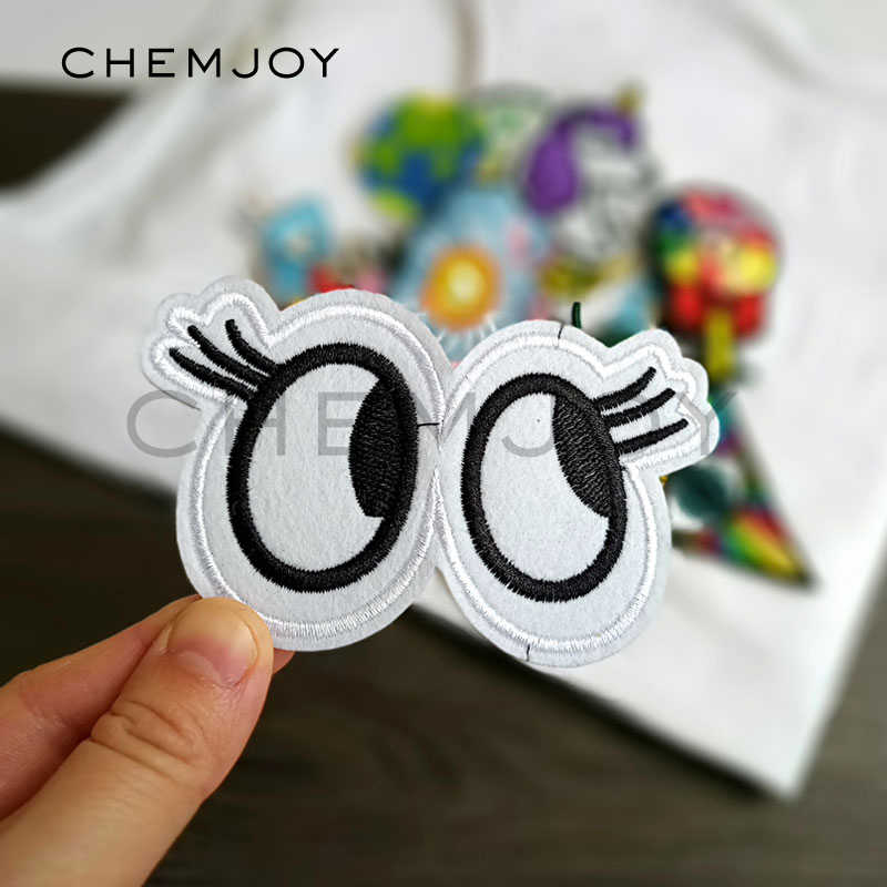 Fun Eye Embroidered Patch for Clothing Iron on Fabric Cartoon Applique Cute Patch for Denim Jackets Jeans Sewing Accessories