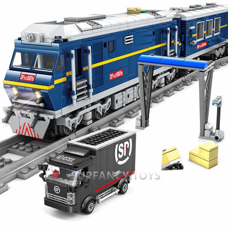 La cargaison de Train ferroviaire Diesel à moteur de ville avec des ensembles de voie les blocs de construction place les lepinblock de jouets de briques de Juguetes de technique