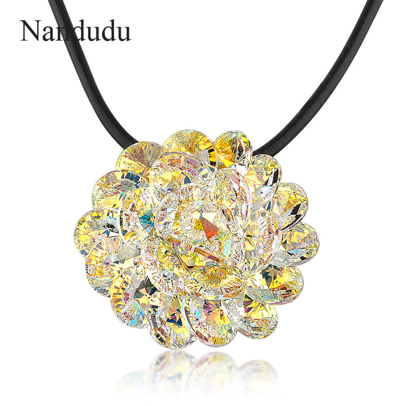 Nandudu Blooming Flower Big Pendant Necklace Deluxe Crystals AB Color Wax Rope Chain Necklaces Elegant Jewelry Gift N643 nandudu fashion necklace rose wire mesh flower crystal pearl pendant necklaces gift for women cn165