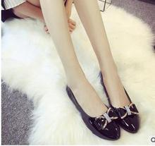 2016 Plus Size Fashion Spring Women Shoes Genuine Leather Single Flat Shoes Woman Casual Loafers Comfortable Women Flats