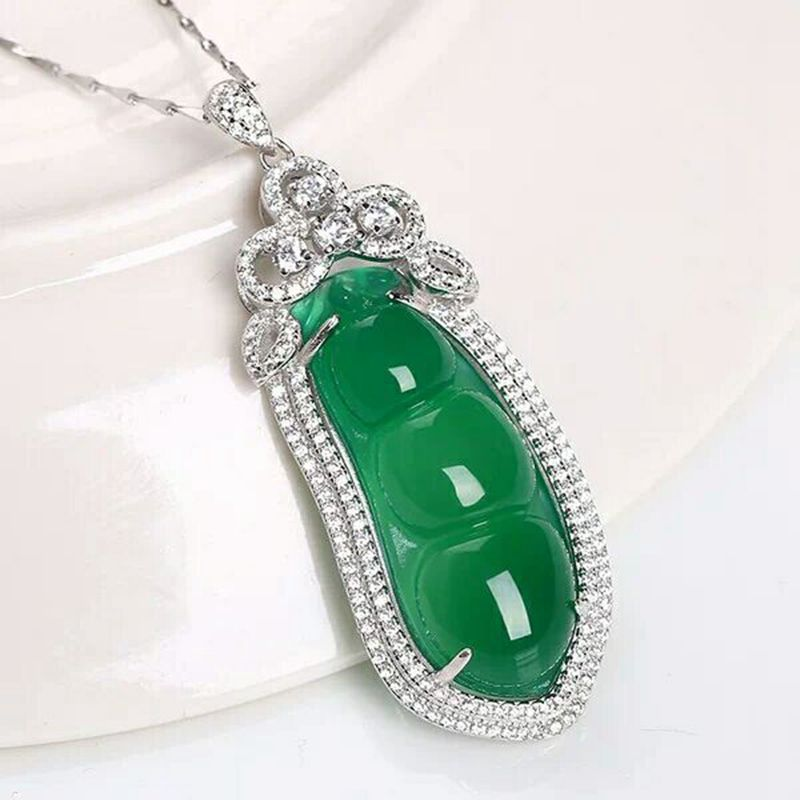 Natural Green Chalcedony Agate Sterling Silver 925 Inlaid Green Beans Pendants Exquisite Jewelry