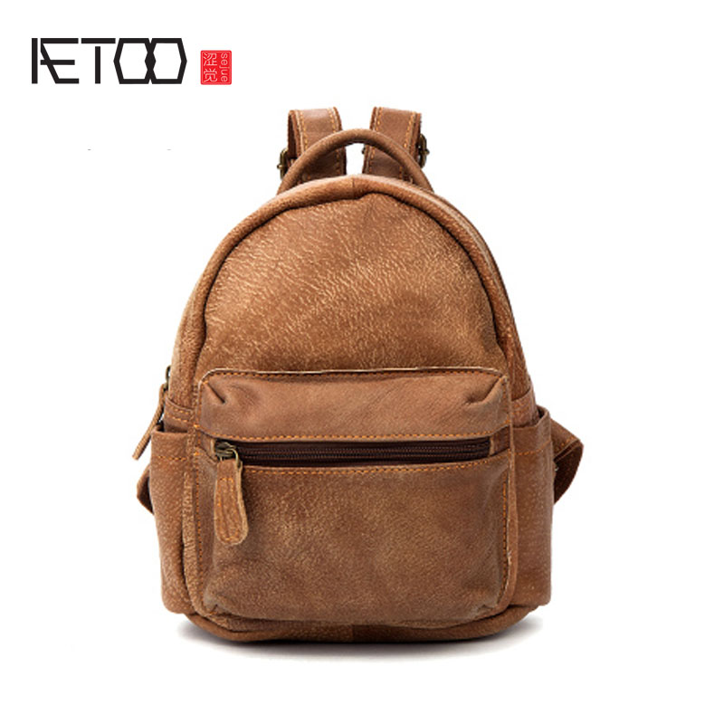 AETOO Casual leather shoulder bag retro frosted head layer cowhide backpack aetoo new real leather men bag oil wax cowhide retro men shoulder messenger bag head layer leather casual shoulder bag
