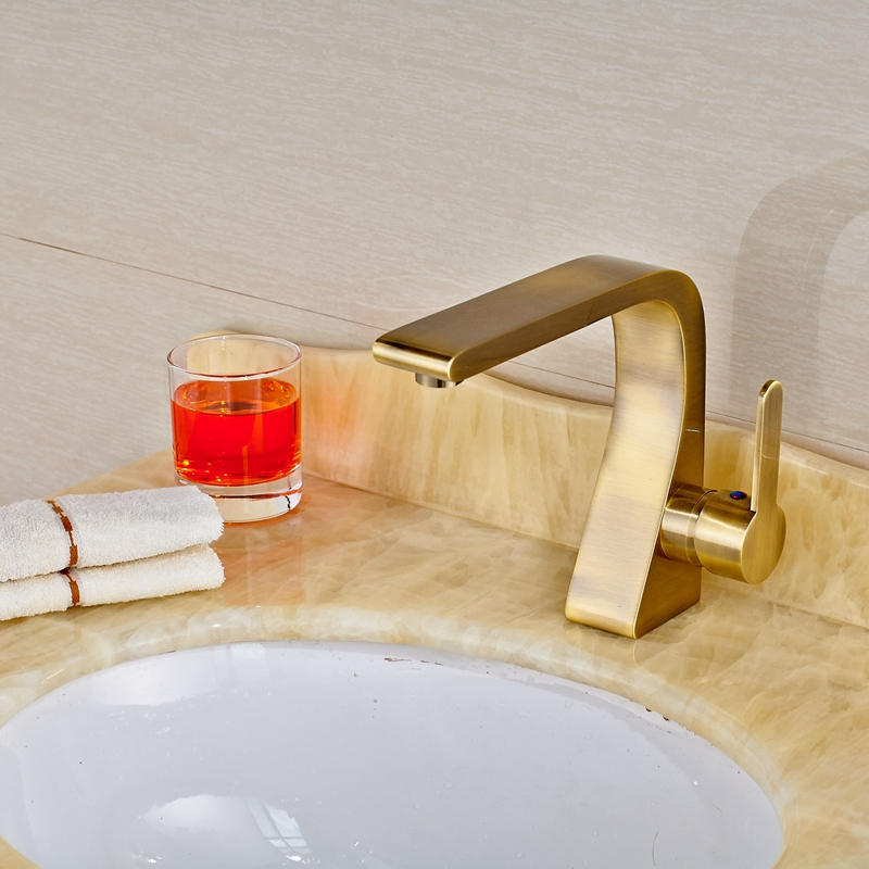 где купить Uythner Solid Brass Antique Brass Finish Bathroom Sink Faucet Single Handle Single Hole дешево
