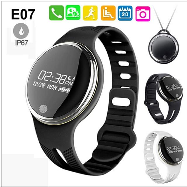 Новый E07 smart watch Bluetooth Спорт Смарт Браслет IP67 Водонепроницаемый Фитнес-Трекер Smartband Вызов Напоминание для Android iOS