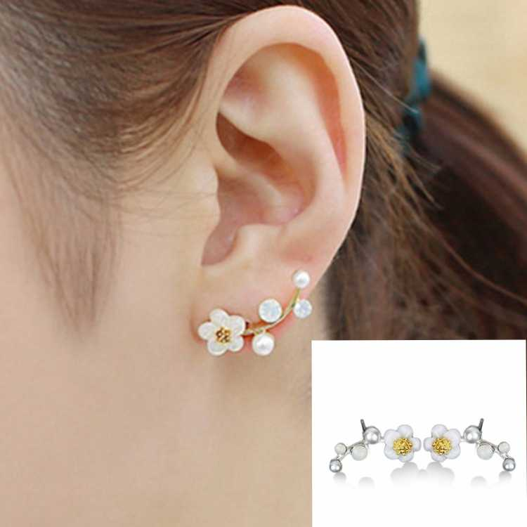 Hot Style Korean High Quality Shell Flower Pearl Contracted Bough Temperament Fashionable Earring Female Christmas Gift