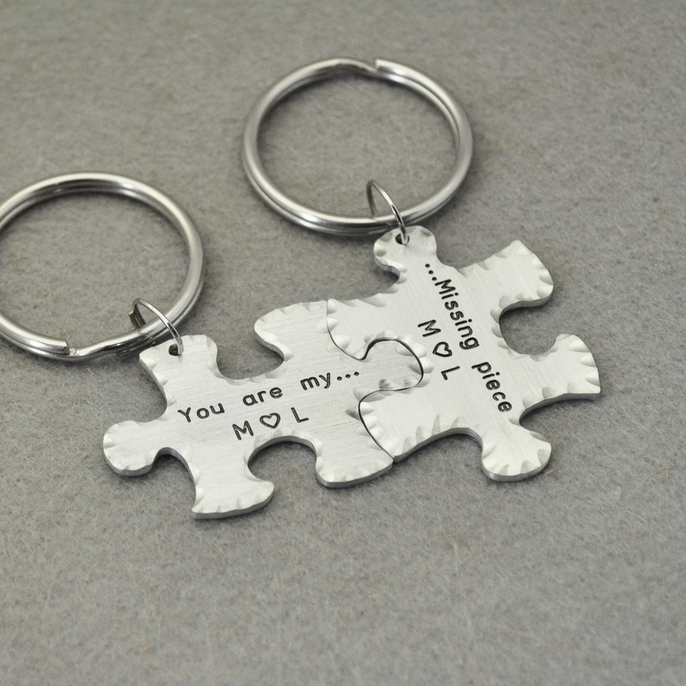 42fdddbb9e62e Aliexpress.com   Buy Personalized Couple Puzzle Piece Keychains ...