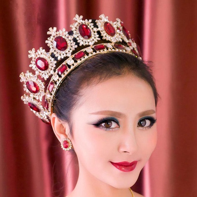 d8acd4fbf3 US $50.99 49% OFF|Baroque Red Crystal Full Round Crown Big Blue Tiara Large  Rhinestones Princess Crown Women Wedding Hair Accessories Bridal Gift-in ...