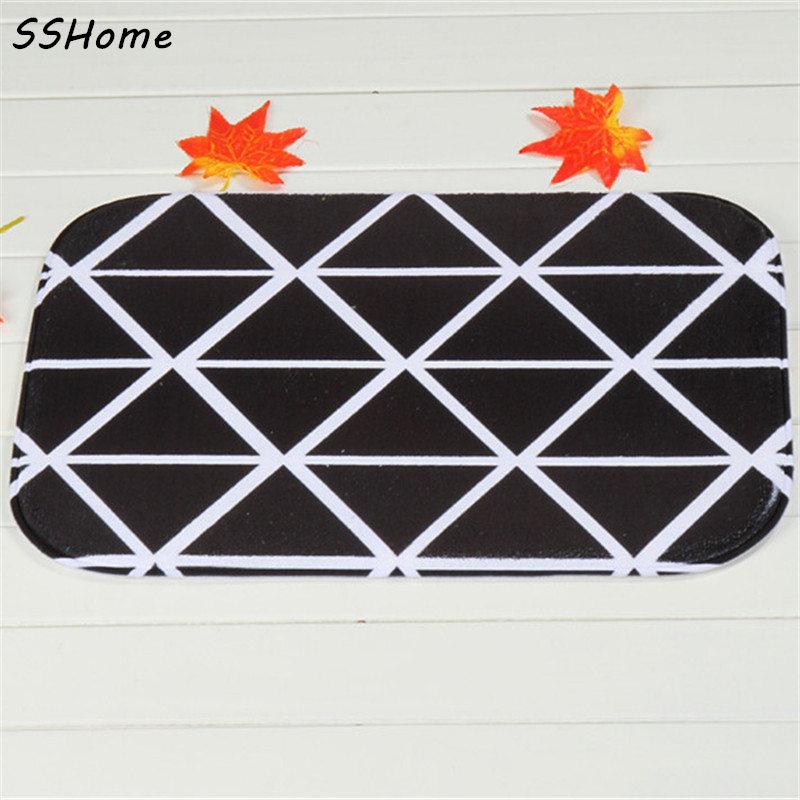 Coral Velvet Bathroom Carpet Mats Anti-slip Rug Shower 40x60cm Black Lattice Bath Kitchen Doormat for Hallway Home Decoration