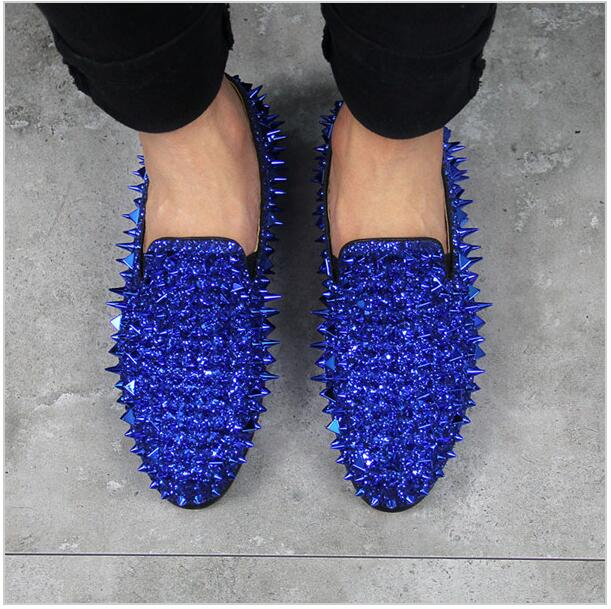 Luxury design spikes studded men shoes glitter loafers square toe flats rivets fashion men party wedding shoes blue and green newest men luxury shinny glitter gold and silver spikes shoes slip on loafers rivets men casual shoes 2017 leather shoe berdecia