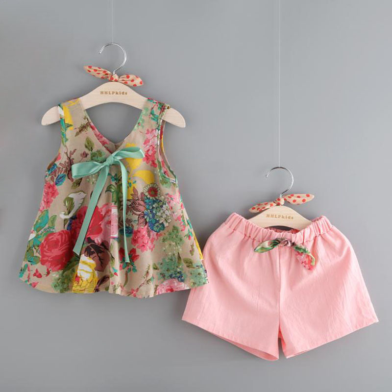 Grils Clothes 2017 Fashion Summer Style Girl Clothing Sets Sleeveless Floral Print Design Vest+Shorts for Kids Suit