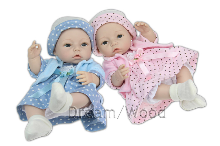 Здесь можно купить   New 45cm Soft Silicone Reborn Baby Doll Newborn Simulation Doll Baby Girls Brinquedos Toy Gift Игрушки и Хобби