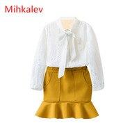 Mihaklev Moda camisas e saias da menina da criança roupas de outono 2017 branco 2 PCS maca meninas definir ternos para o desgaste do partido fatos de treino