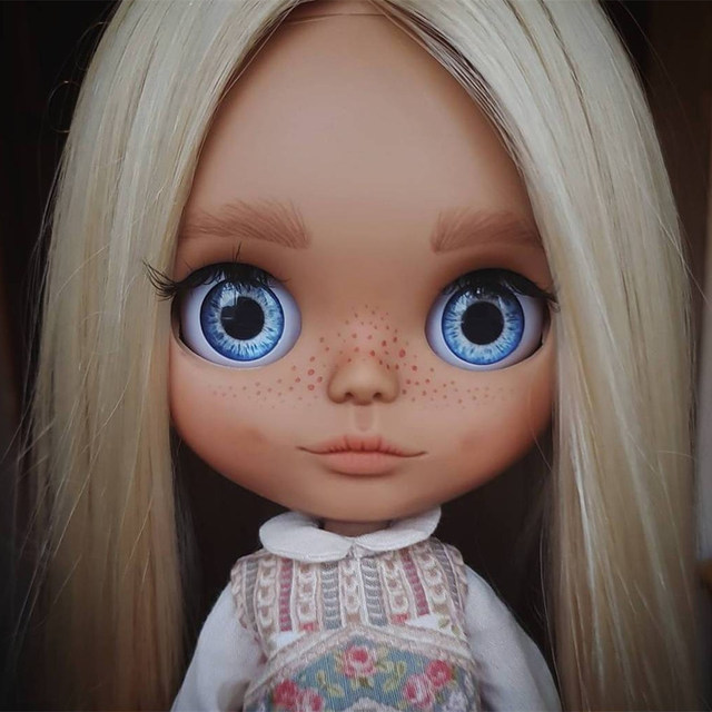 TBL Neo Blythe Doll Rare Item Free Gifts