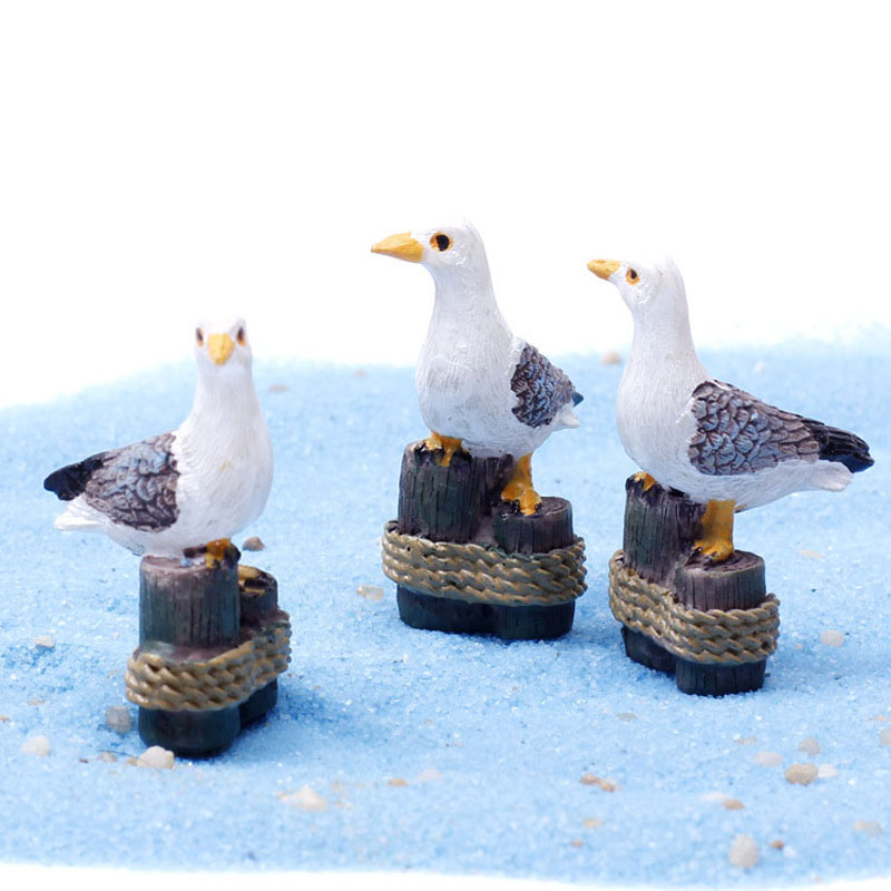 Sea Bird Seagull Stand Stump Miniature Fairy Garden Home