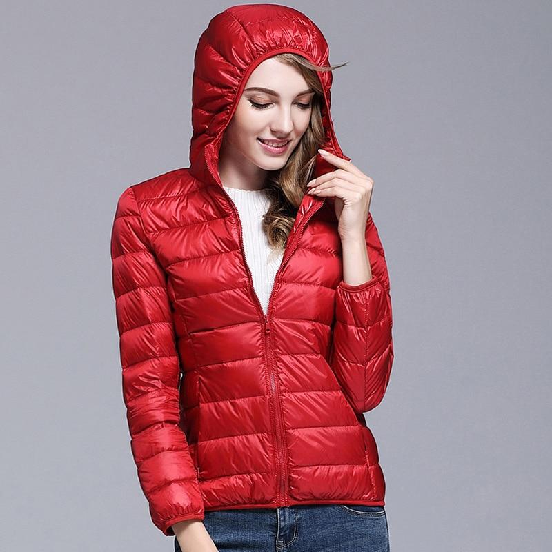 2018 New Autumn Winter Women 90% White Duck Down Coat Women Hooded Ultra Light Down Jackets Warm Winter Parkas RE0808